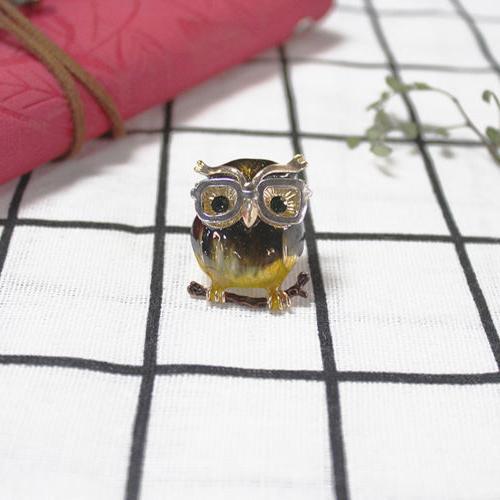 Cartoon Owl Alloy Eye Glasses Metal Clothes Decoration Pins