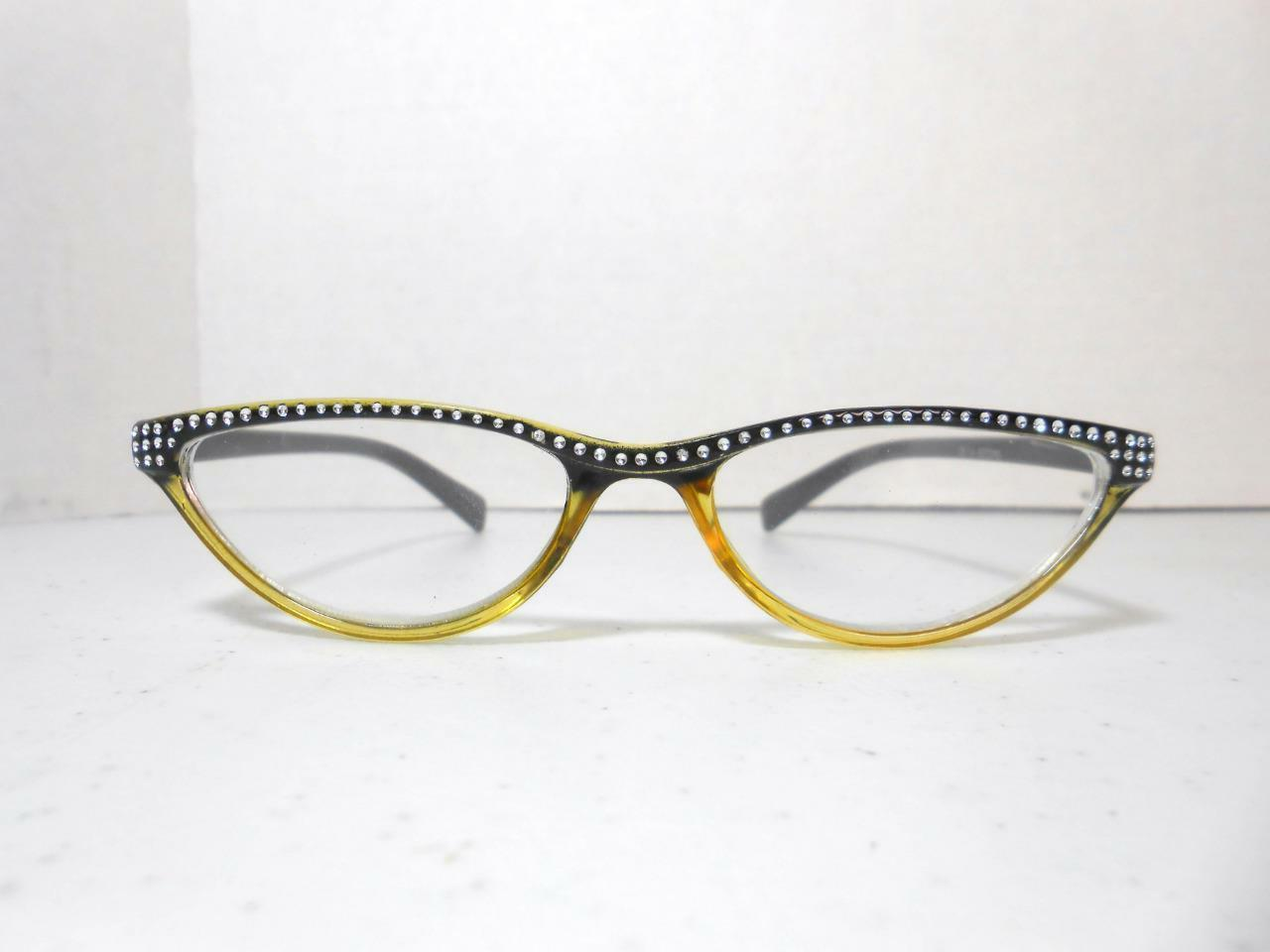 Cat Style Glasses Look COLOR STRENGTH