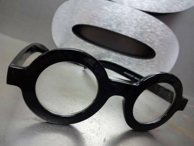 VINTAGE WALDO Clear Lens EYE Round Black
